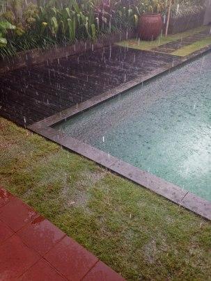 House 12 Rain 2