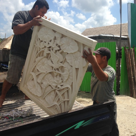 Stonecarving_Delivery