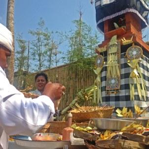 Bali_Ceremony_01