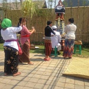 Bali_Ceremony_02